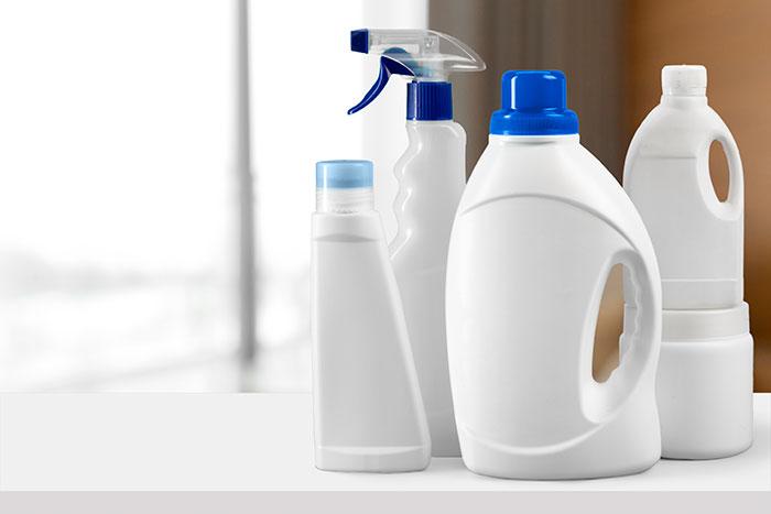Etiquetas adhesivas para productos químicos