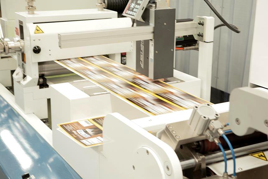 Empresa dedicada a la impresión de etiquetas autoadhesivas